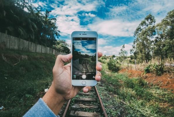 Smartphone e sonno: i retroscena di un rapporto problematico